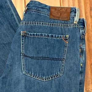 Tommy Bahama Standard Jeans, Size 34x32